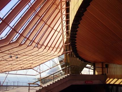 cheap budget advice Sydney opera house tourism